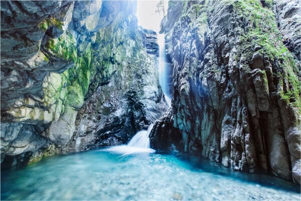 スマホ用植魚の滝・ハリオの滝の画像